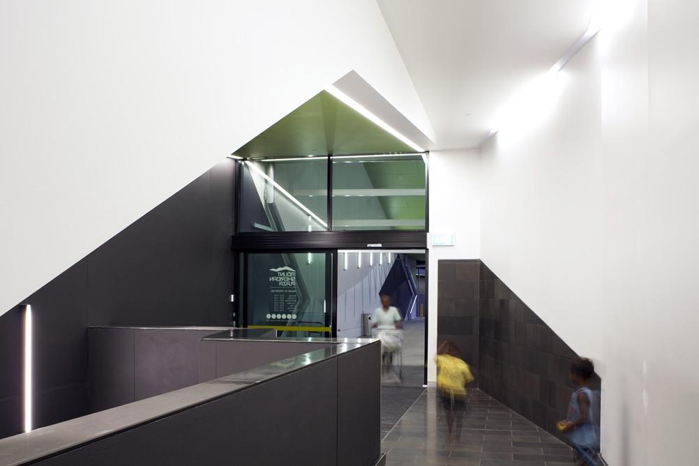 Mount Sheridan Plaza interior design example
